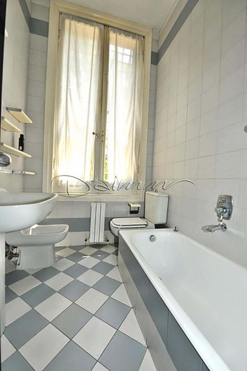 Daimm vendita appartamento in villa genova alabro via for Arredo bagno via gramsci genova