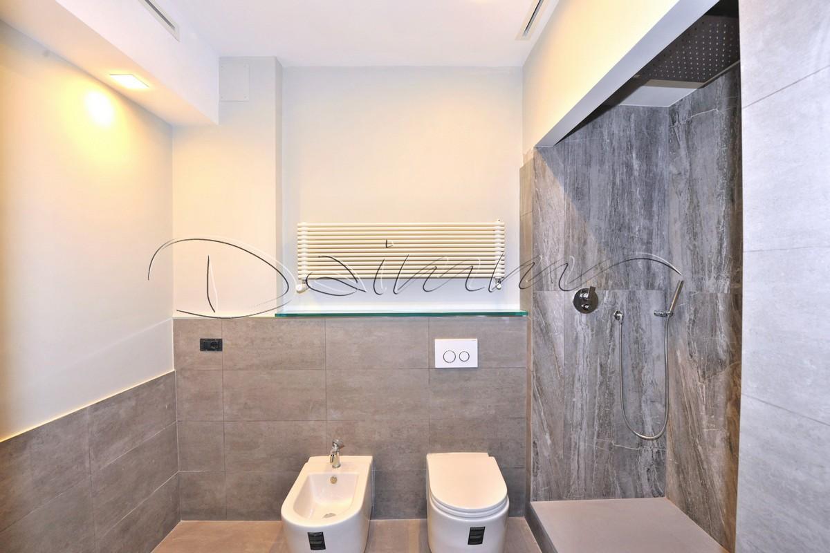 Daimm vendita appartamento di pregio Genova centro, via Roma, bagno ...