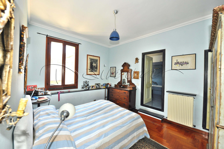 Letto Matrimoniale A Genova.Daimm Vendita Appartamento Genova Centro Via Venti Settembre
