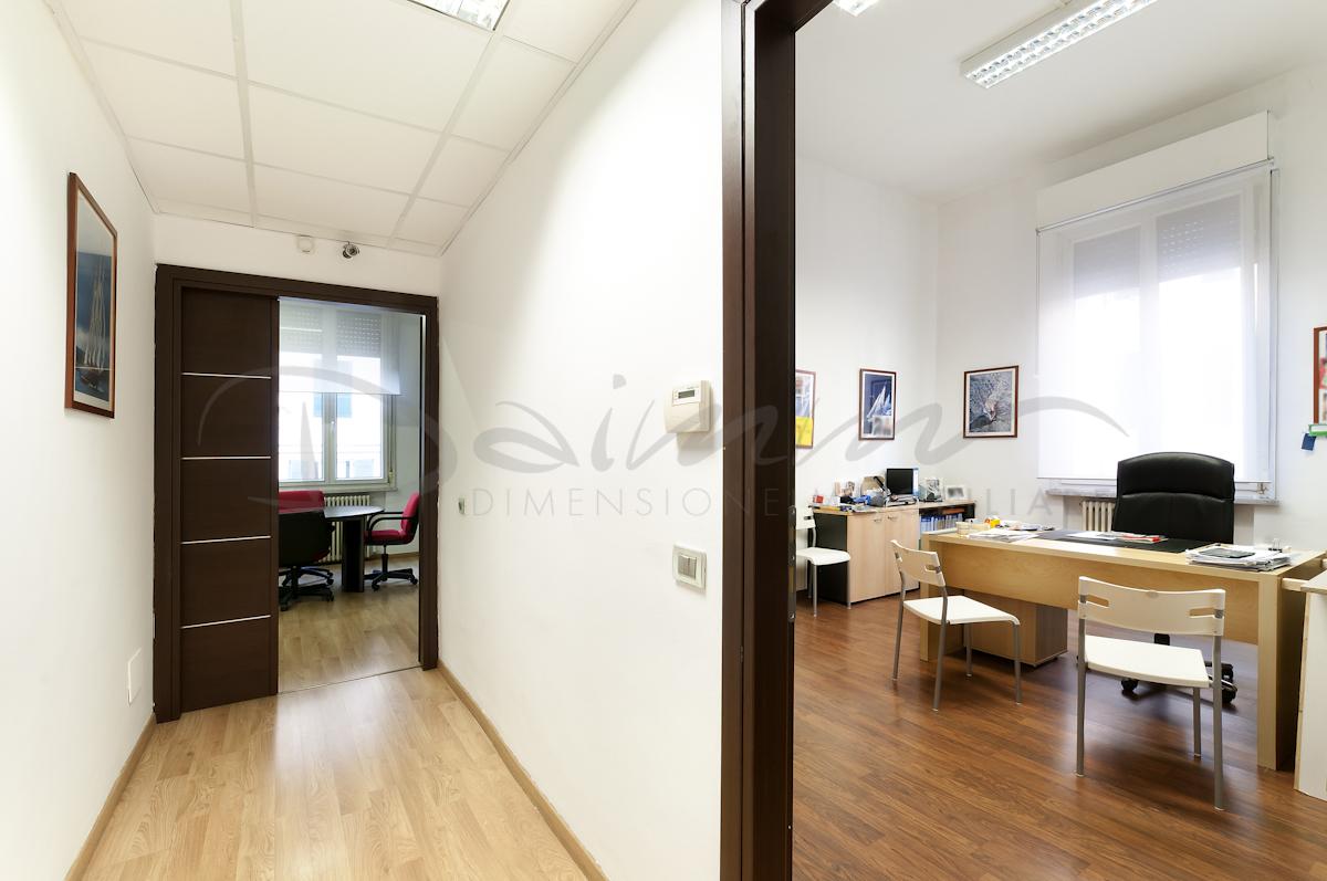 Daimm-Vendita-ufficio-Genova-centro-via-brigata-liguria ...